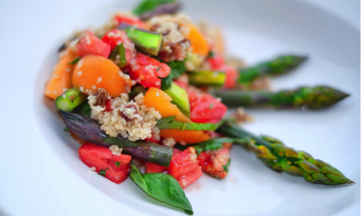 rezept spargel kuskus salat aprkosen marokkanisch sommersalat. Black Bedroom Furniture Sets. Home Design Ideas