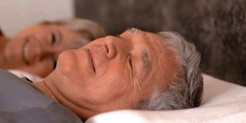 Gut Schlafen Mit Dem Sissel Silencium Antischnarchkissen